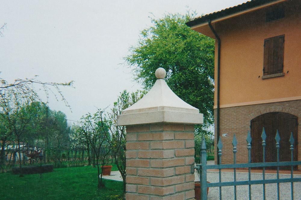 Cappellotti e colonne per pilastri